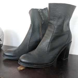 Splendid Heeled Boots